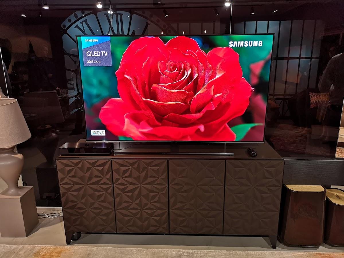 Am văzut televizoarele Samsung QLED 2018 ⋆ revoblog ro