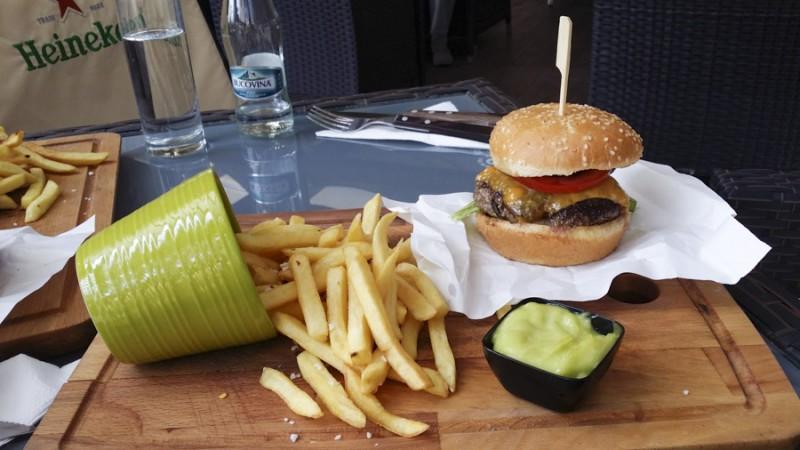 cheeseburger-frater-1