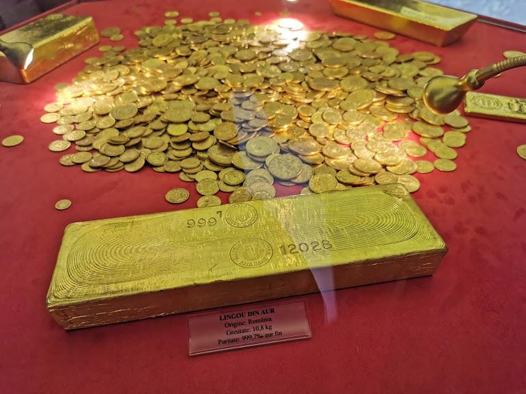 lingou de aur din România