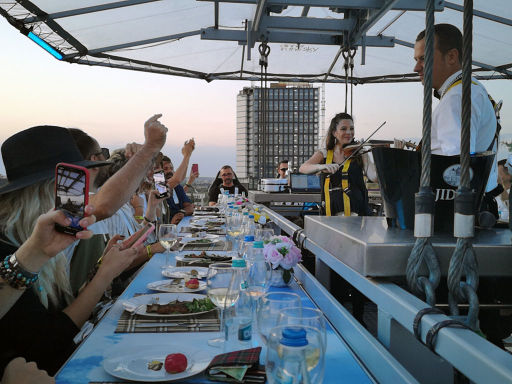dinner in the sky vioara