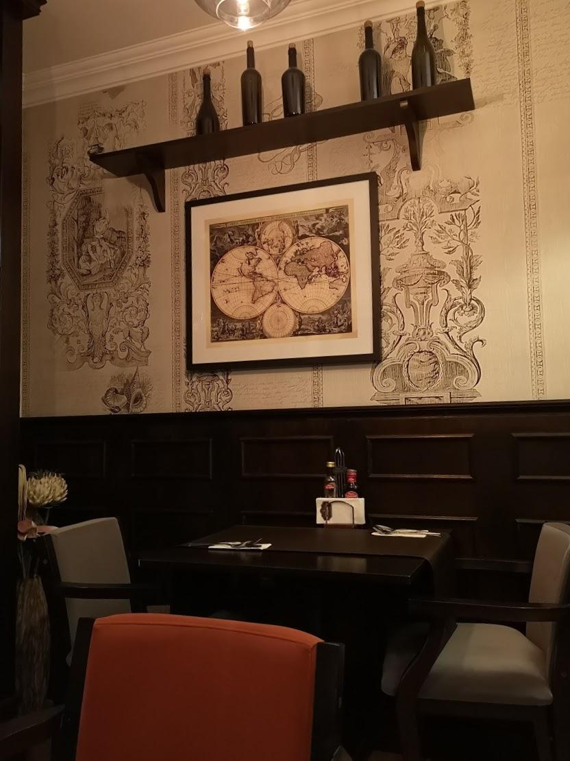 restaurant la samuelle charles de gaulle